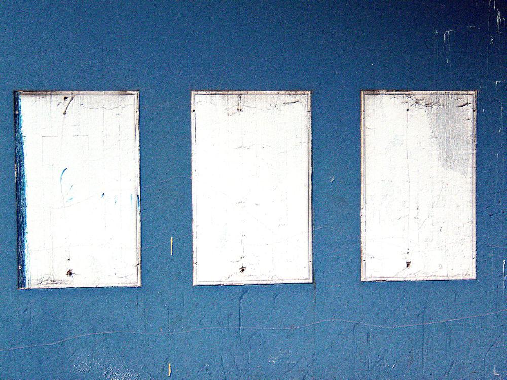 blaue wand | spazierensehen - Blaue Wand